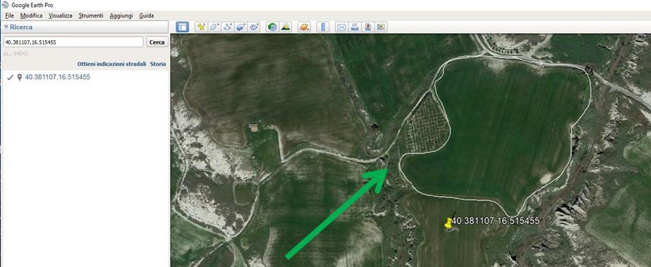 Google Earth tracciato perimetro in bianco
